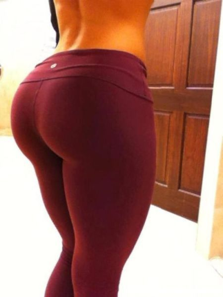 girl_in_tight_gymwear_23