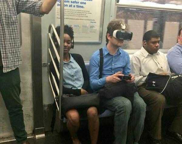 weird_people_in_Train21